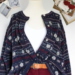 ☾ Vintage embroidered wool cardigan